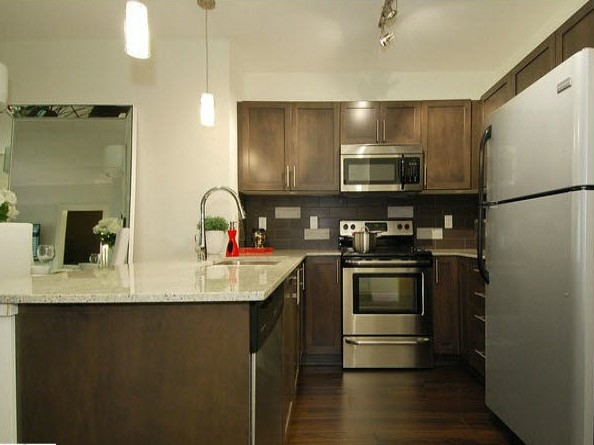 "Photo 8: 214 13468 KING GEORGE Boulevard in Surrey: Whalley Condo for sale in ""Brookland"" (North Surrey)  : MLS® # R2111340"