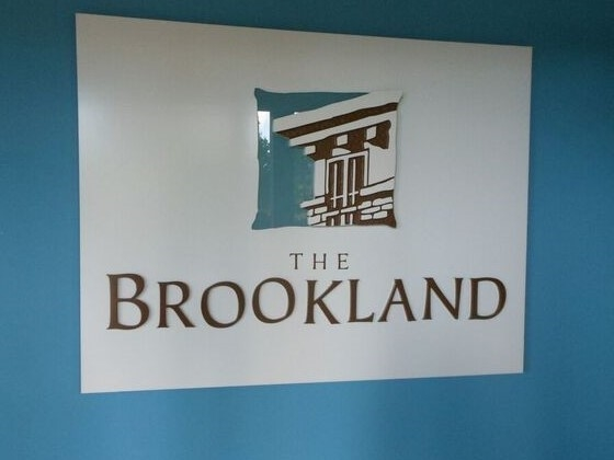 "Photo 13: 214 13468 KING GEORGE Boulevard in Surrey: Whalley Condo for sale in ""Brookland"" (North Surrey)  : MLS® # R2111340"