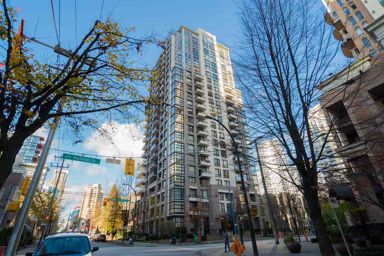 "Main Photo: 204 1295 RICHARDS Street in Vancouver: Downtown VW Condo for sale in ""THE OSCAR"" (Vancouver West)  : MLS® # R2124812"