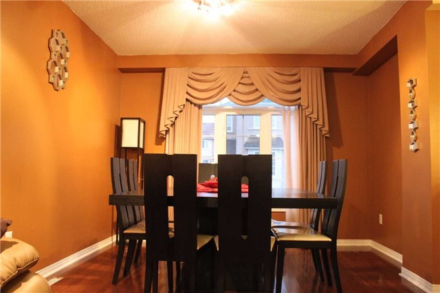 Photo 7: 3247 Redpath Circle in Mississauga: Lisgar House (3-Storey) for sale : MLS(r) # W3661738