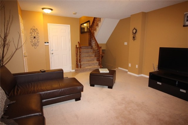 Photo 15: 3247 Redpath Circle in Mississauga: Lisgar House (3-Storey) for sale : MLS(r) # W3661738