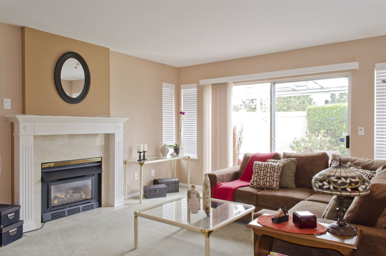 "Photo 8: 74 5550 LANGLEY Bypass in Langley: Langley City Townhouse for sale in ""RIVERWYNDE"" : MLS(r) # R2125182"