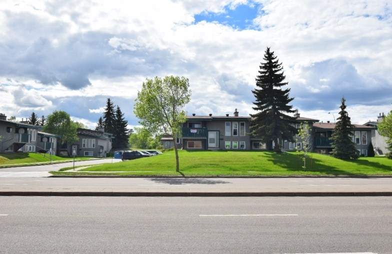 Photo 22: 6406 178 Street NW Edmonton 2 Bedroom Townhouse For Sale E4051465