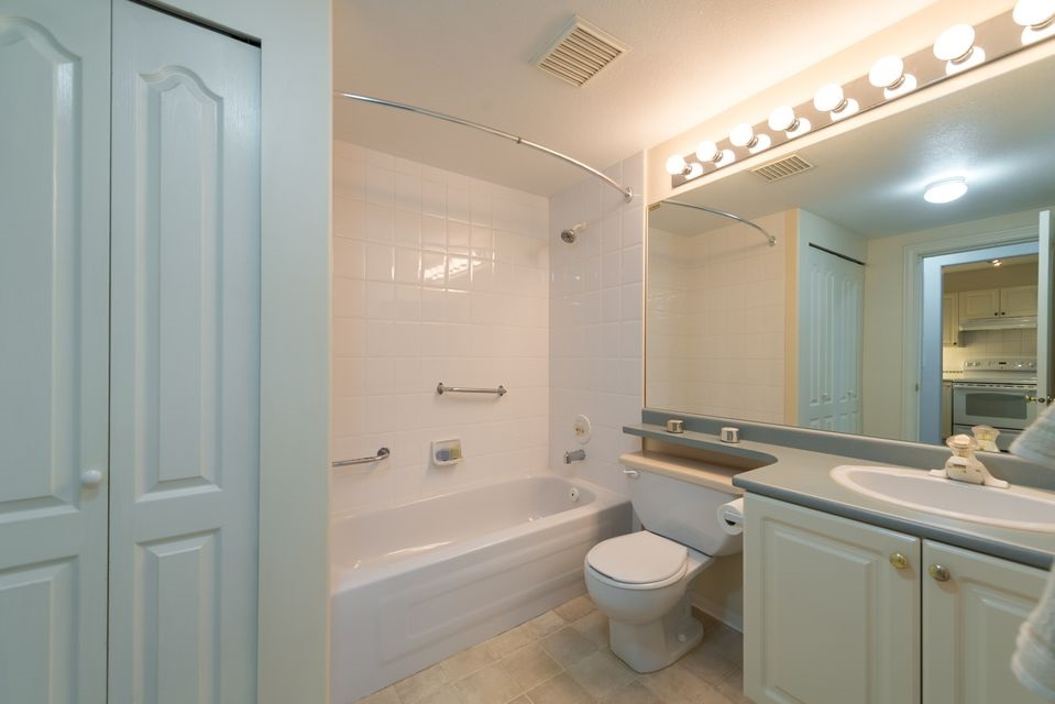 "Photo 9: 116 8880 JONES Road in Richmond: Brighouse South Condo for sale in ""Redonda"" : MLS® # R2147055"