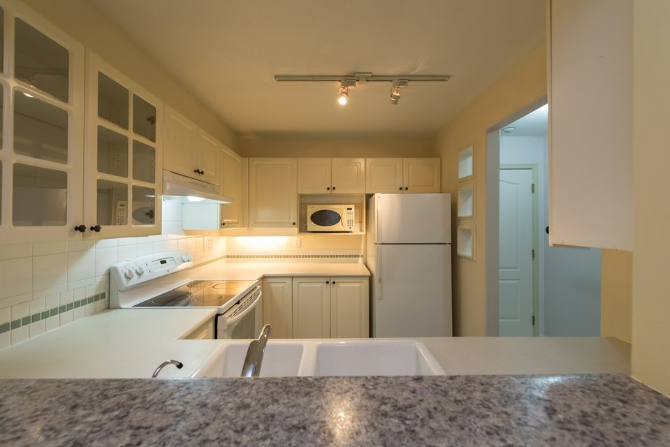 "Photo 6: 116 8880 JONES Road in Richmond: Brighouse South Condo for sale in ""Redonda"" : MLS® # R2147055"