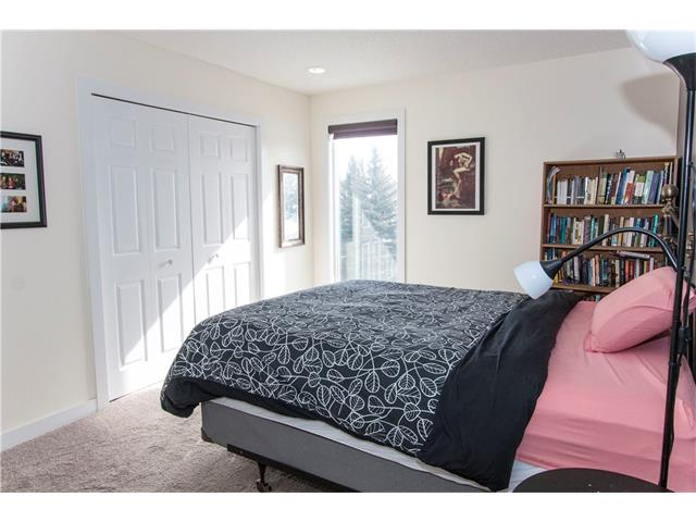 Photo 12: 1306 3500 VARSITY Drive NW in Calgary: Varsity House for sale : MLS® # C4104640