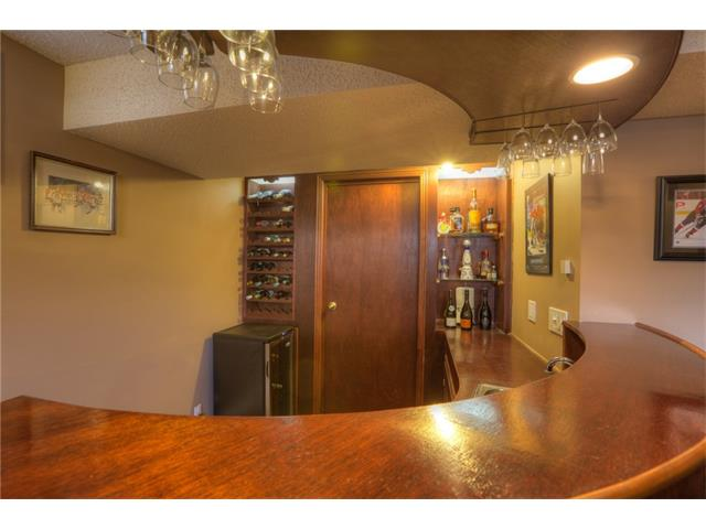 Photo 22: 436 WOODSIDE Road SW in Calgary: Woodlands House for sale : MLS® # C4117754