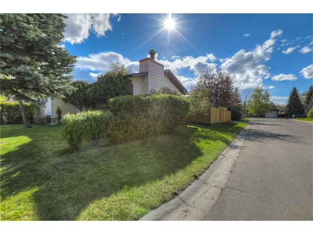 Photo 33: 436 WOODSIDE Road SW in Calgary: Woodlands House for sale : MLS® # C4117754