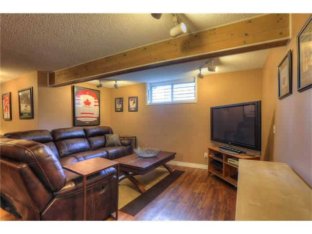 Photo 21: 436 WOODSIDE Road SW in Calgary: Woodlands House for sale : MLS® # C4117754