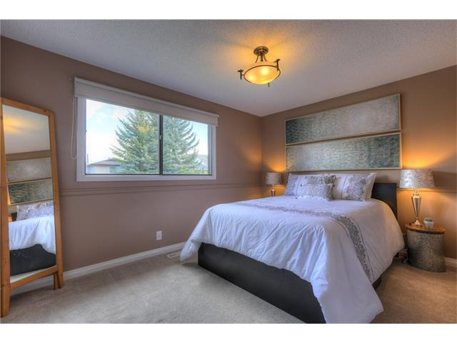 Photo 16: 436 WOODSIDE Road SW in Calgary: Woodlands House for sale : MLS® # C4117754