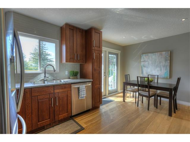 Photo 12: 436 WOODSIDE Road SW in Calgary: Woodlands House for sale : MLS® # C4117754
