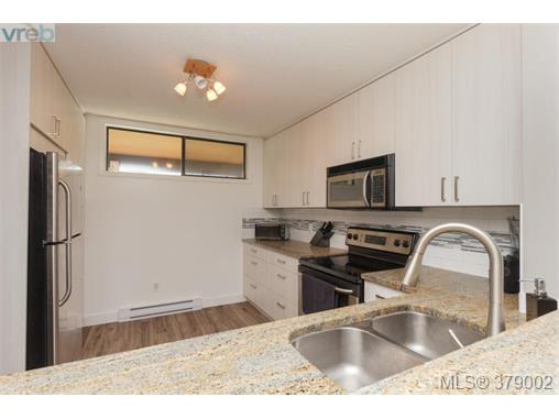 Photo 10: 218 485 Island Highway in VICTORIA: VR Six Mile Condo Apartment for sale (View Royal)  : MLS® # 379002