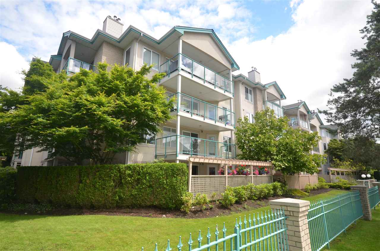 "Main Photo: 102 20433 53 Avenue in Langley: Langley City Condo for sale in ""COUNTRYSIDE ESTATES"" : MLS(r) # R2178952"