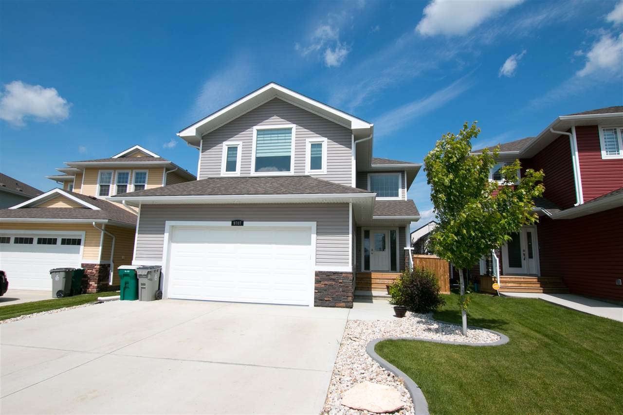 Main Photo: 9707 89 Street: Morinville House for sale : MLS(r) # E4071437