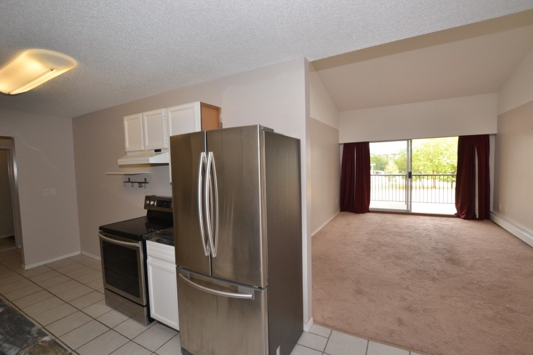"Photo 5: 348 2821 TIMS Street in Abbotsford: Abbotsford West Condo for sale in ""~Parkview Estates~"" : MLS® # R2204865"