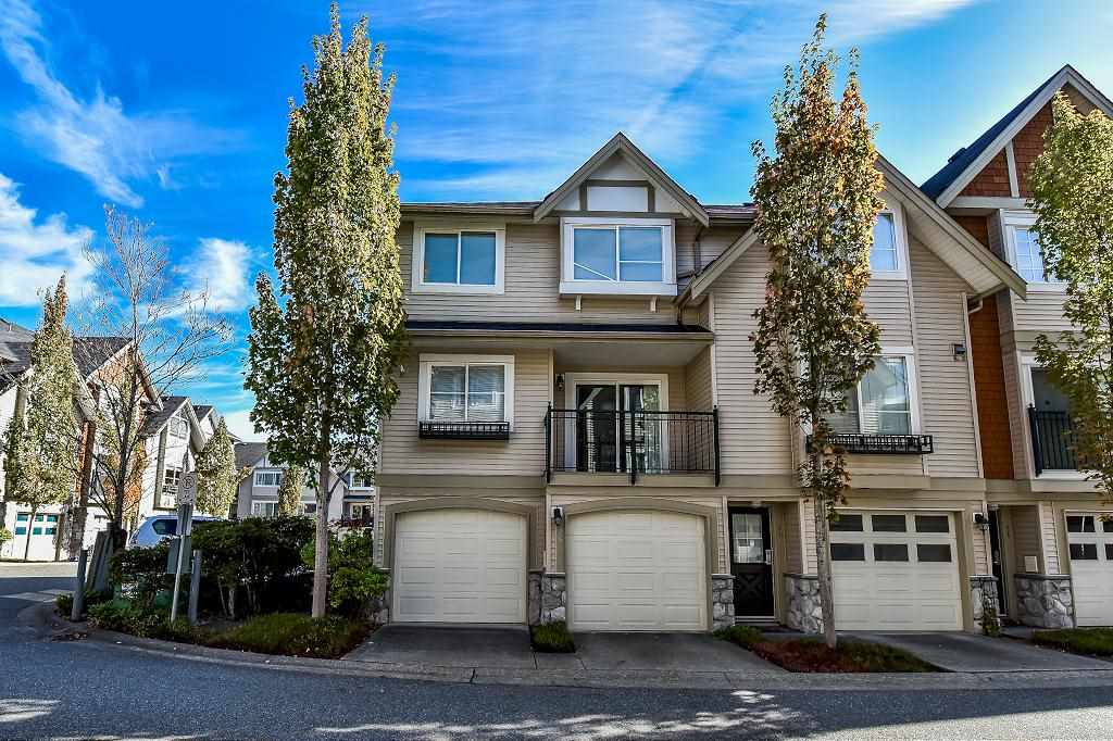 "Main Photo: 26 15488 101A Avenue in Surrey: Guildford Townhouse for sale in ""COBBLEFIELD LANE"" (North Surrey)  : MLS® # R2212040"