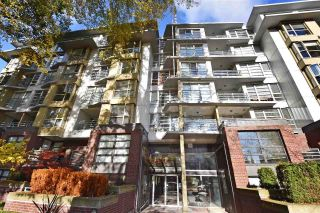 "Main Photo: 708 2137 W 10TH Avenue in Vancouver: Kitsilano Condo for sale in """"I"""" (Vancouver West)  : MLS® # R2221846"