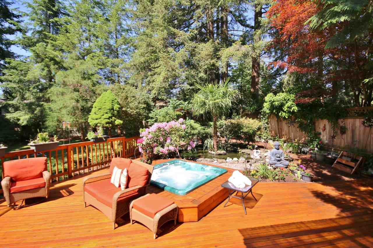 "Main Photo: 11029 64 Avenue in Delta: Sunshine Hills Woods House for sale in ""Sunshine Hills"" (N. Delta)  : MLS®# R2269045"
