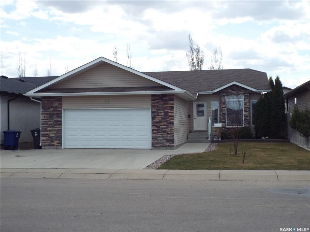 Main Photo: 507 Ens Lane in Warman: Residential for sale : MLS®# SK744135