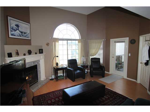 "Photo 3: 307 1955 SUFFOLK Avenue in Port Coquitlam: Glenwood PQ Condo for sale in ""Oxford Place"" : MLS® # V1032210"