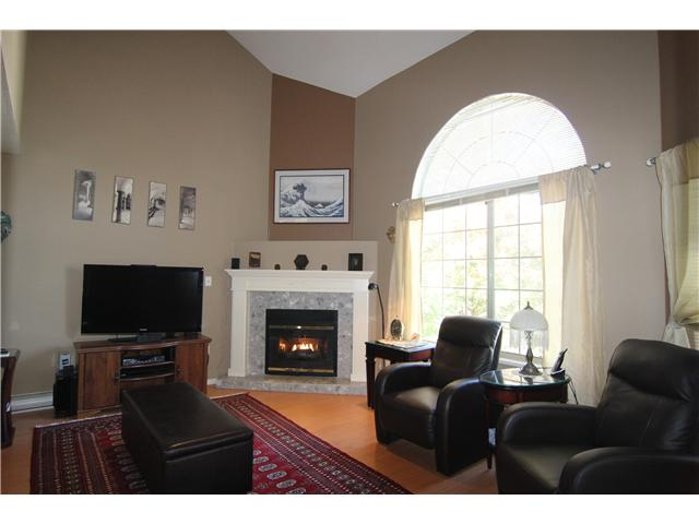 "Photo 4: 307 1955 SUFFOLK Avenue in Port Coquitlam: Glenwood PQ Condo for sale in ""Oxford Place"" : MLS® # V1032210"