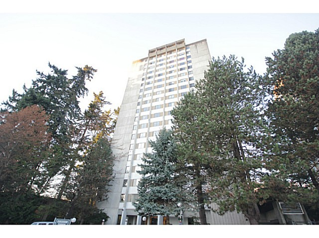 "Photo 14: 702 9541 ERICKSON Drive in Burnaby: Sullivan Heights Condo for sale in ""ERICKSON TOWER"" (Burnaby North)  : MLS(r) # V1036246"