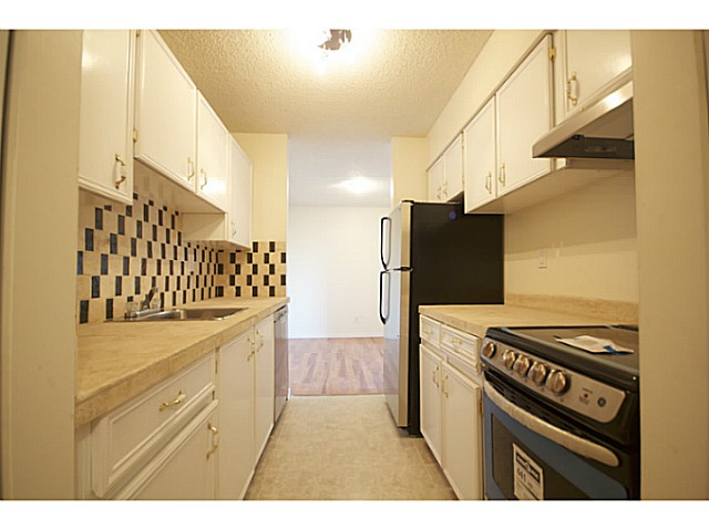 "Photo 3: 702 9541 ERICKSON Drive in Burnaby: Sullivan Heights Condo for sale in ""ERICKSON TOWER"" (Burnaby North)  : MLS(r) # V1036246"