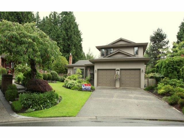 "Main Photo: 12622  OCEAN CLIFF DR in Surrey: Crescent Bch Ocean Pk. House for sale in ""ocean cliff"" (South Surrey White Rock)  : MLS® # F1315255"