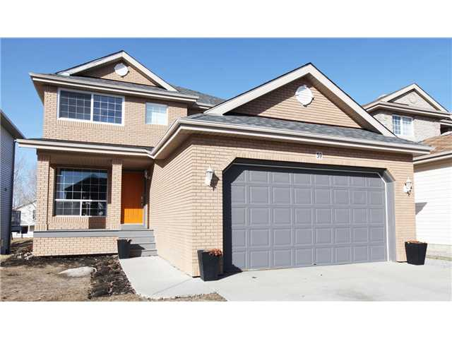 Main Photo: 59 CITADEL Park NW in CALGARY: Citadel Residential Detached Single Family for sale (Calgary)  : MLS® # C3609695