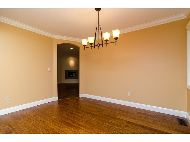 Photo 3: 6447 129A Street in Surrey: West Newton House for sale : MLS® # F1411408