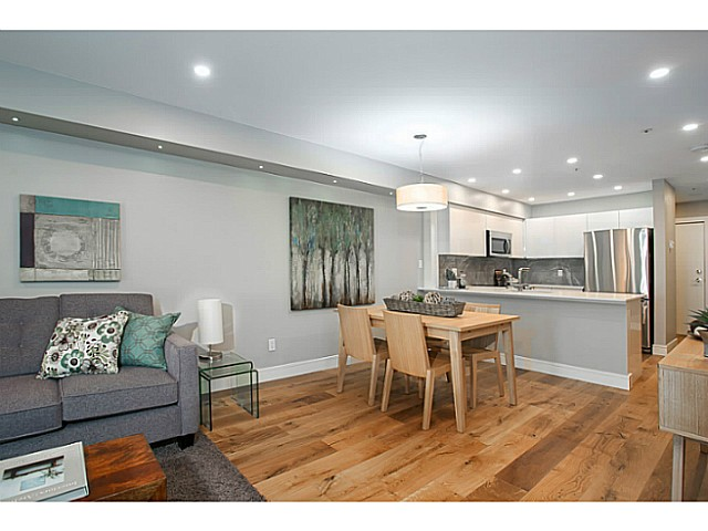 "Photo 3: 302 3480 MAIN Street in Vancouver: Main Condo for sale in ""NEWPORT"" (Vancouver East)  : MLS® # V1072418"
