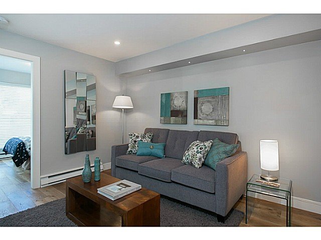 "Photo 6: 302 3480 MAIN Street in Vancouver: Main Condo for sale in ""NEWPORT"" (Vancouver East)  : MLS® # V1072418"