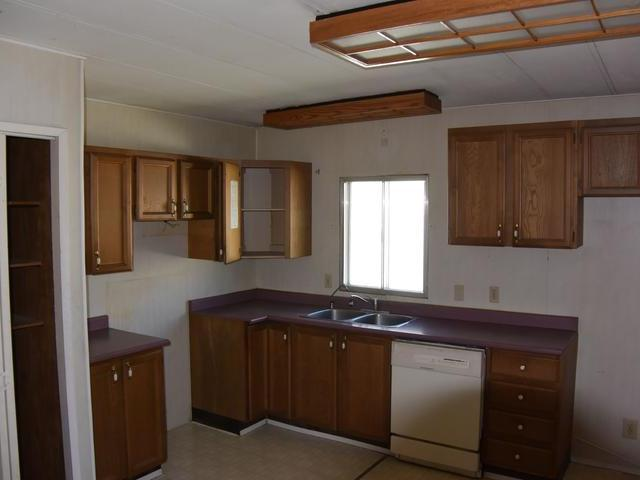 Photo 2: Photos: 34B 771 ATHABASCA STREET in : South Kamloops Manufactured Home/Prefab for sale (Kamloops)  : MLS® # 133700