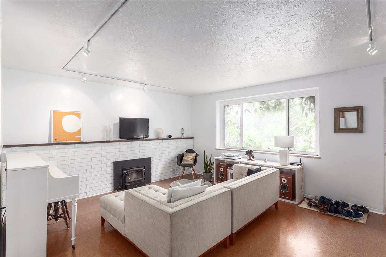 Photo 6: 2488 FRANKLIN Street in Vancouver: Hastings East House for sale (Vancouver East)  : MLS(r) # R2072622
