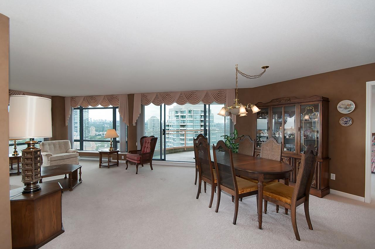 Your guests will be impressed with this huge open floor plan, leading to large outdoor balcony.