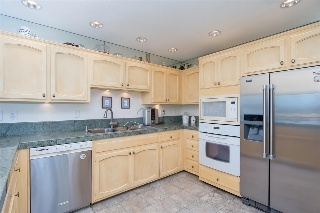 Main Photo: ENCINITAS Townhome for sale : 3 bedrooms : 315 Crocus Court