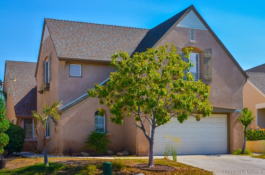 Main Photo: FALLBROOK House for sale : 5 bedrooms : 461 Poets Square