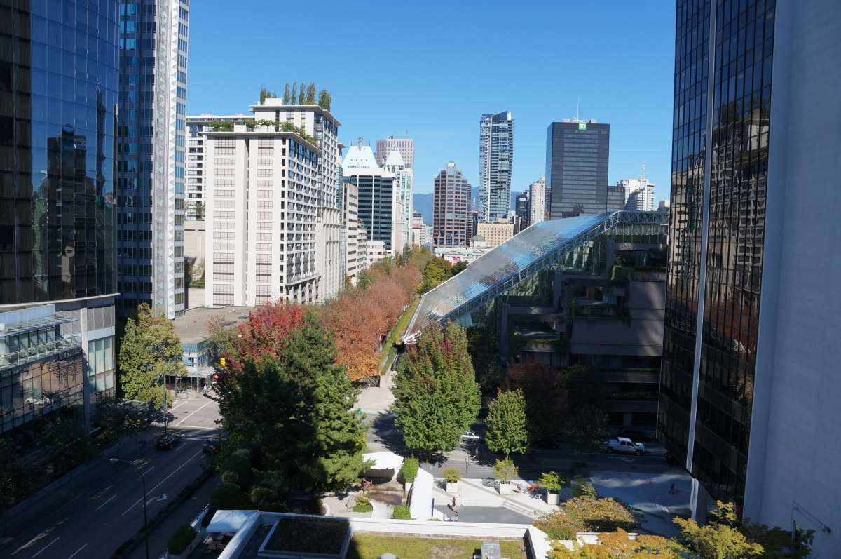 "Main Photo: 1202 1068 HORNBY Street in Vancouver: Downtown VW Condo for sale in ""The Canadian"" (Vancouver West)  : MLS® # R2111395"