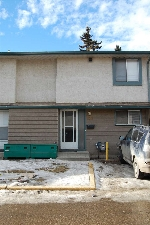 Main Photo: 228 ABBOTTSFIELD Road in Edmonton: Zone 23 Townhouse for sale : MLS(r) # E4051200
