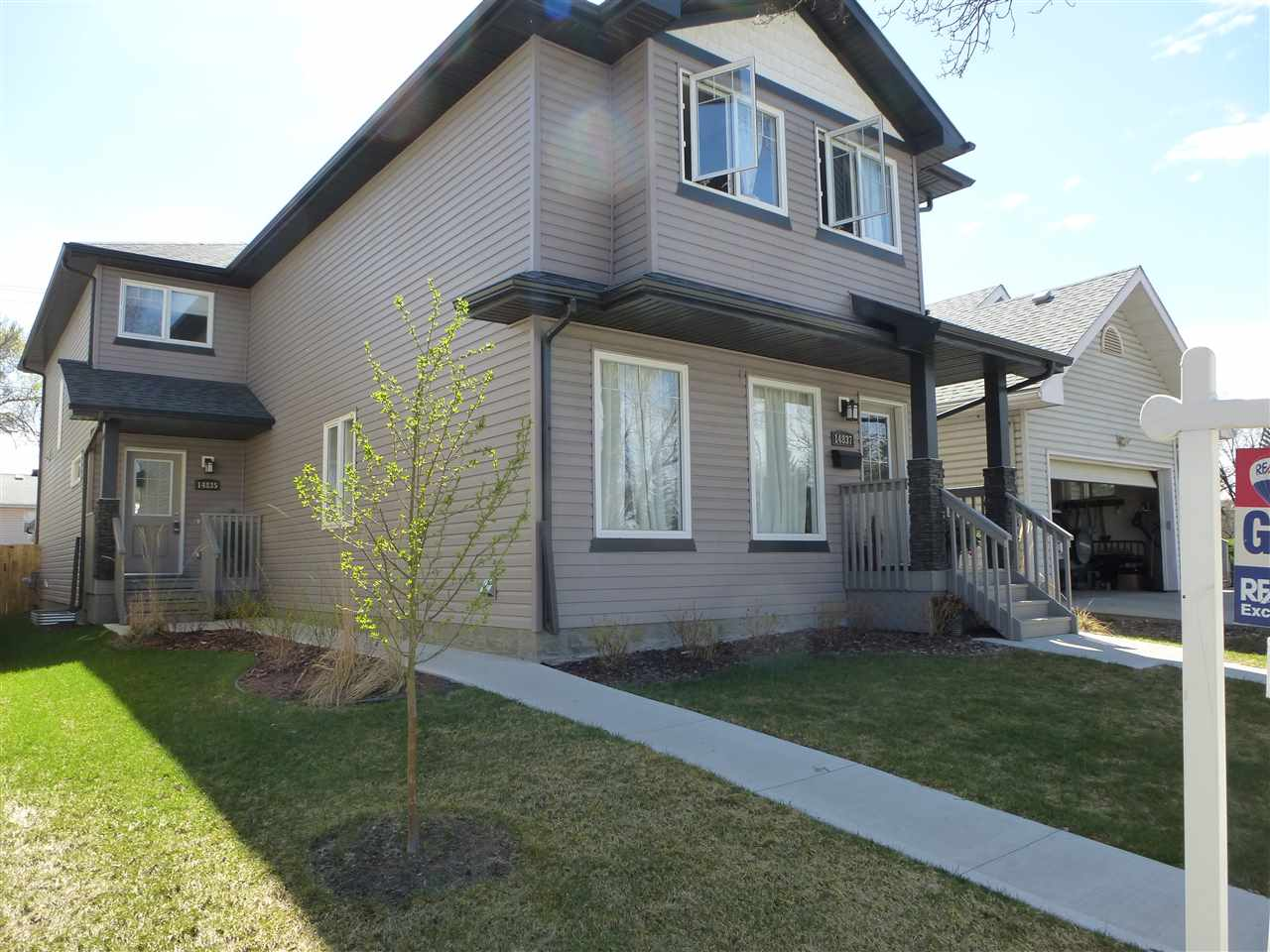 Main Photo: 14835 103 Avenue in Edmonton: Zone 21 House Half Duplex for sale : MLS(r) # E4057701