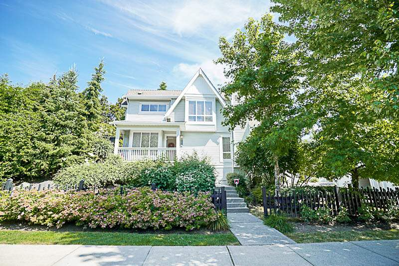 "Main Photo: 6673 PRENTER Street in Burnaby: Highgate Townhouse for sale in ""BERKLEY"" (Burnaby South)  : MLS® # R2184756"