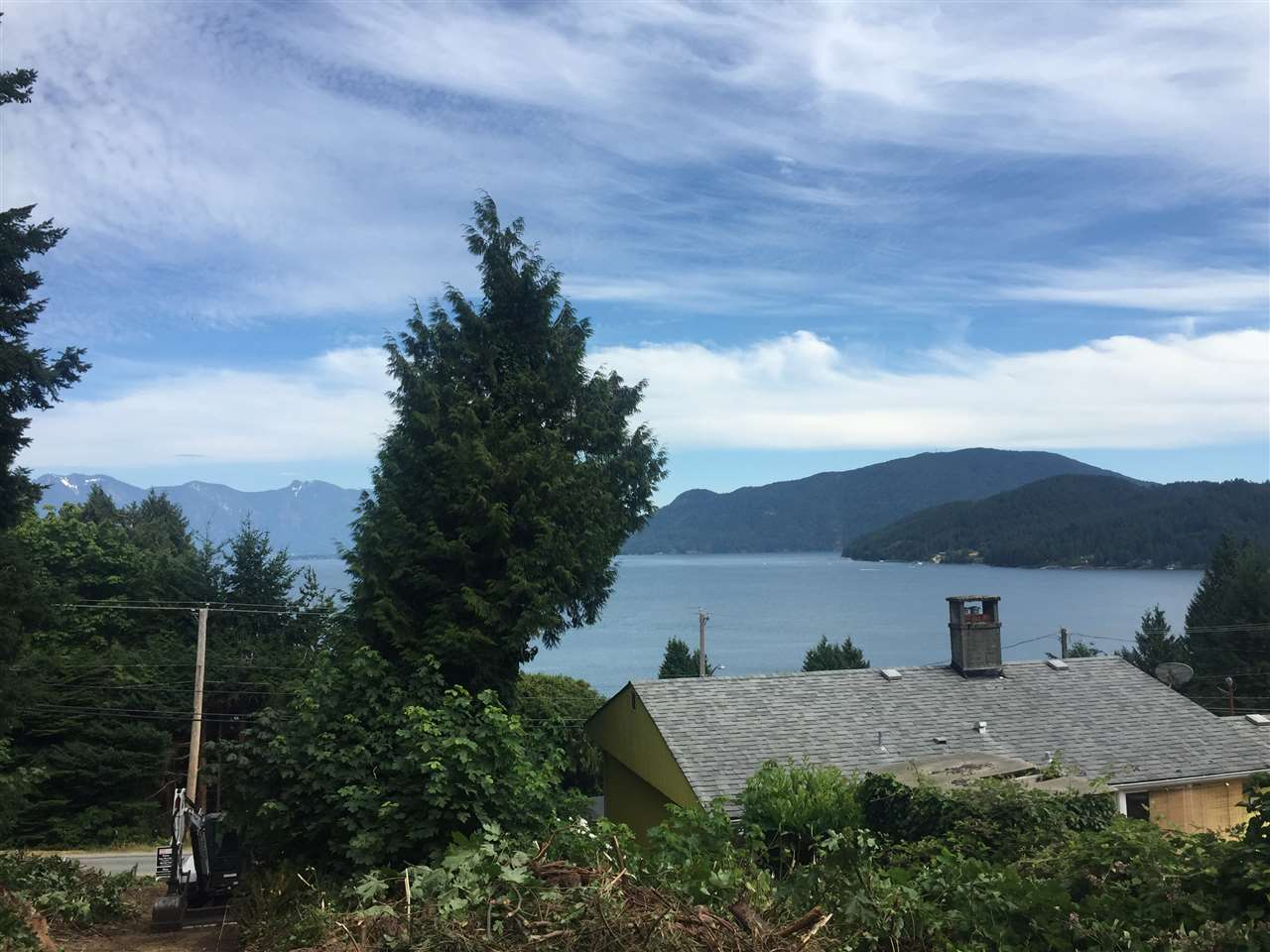 Main Photo: Lot 2 MARINE Drive in Gibsons: Gibsons & Area Home for sale (Sunshine Coast)  : MLS(r) # R2187475
