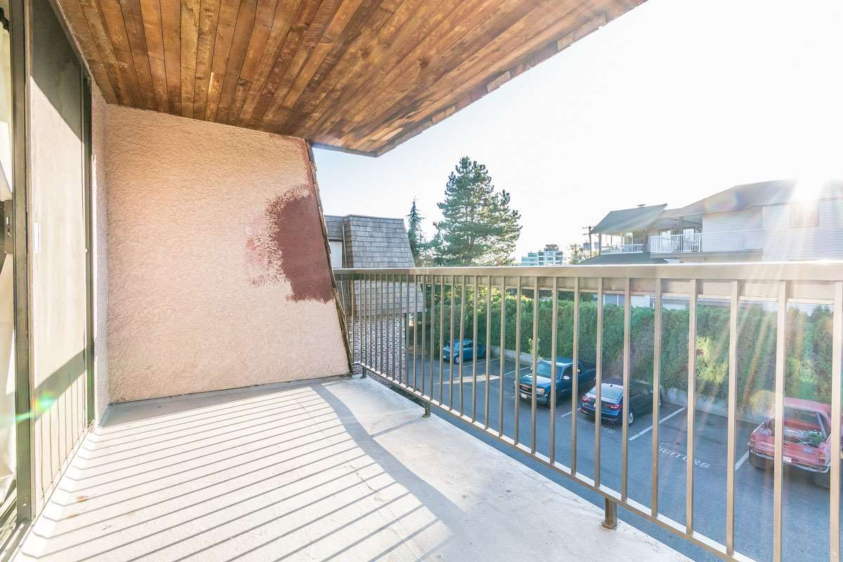 Photo 14: 318 32175 OLD YALE Road in Abbotsford: Abbotsford West Condo for sale : MLS® # R2203398