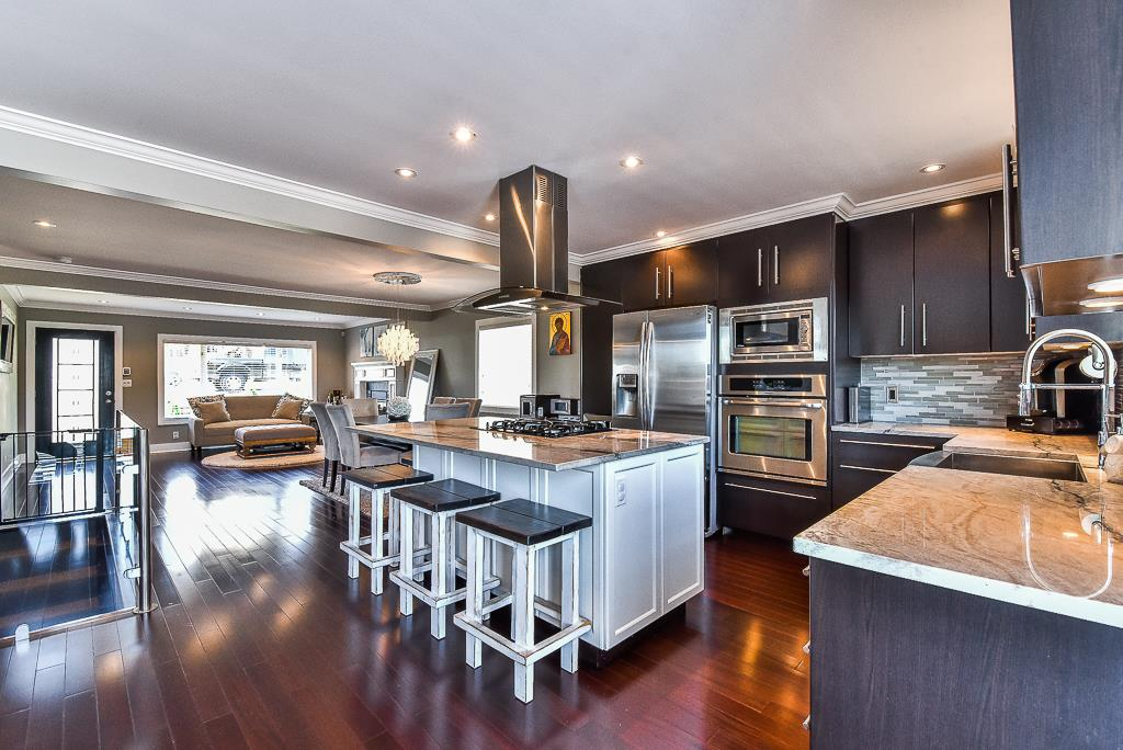 Main Photo: 20 WARWICK Avenue in Burnaby: Capitol Hill BN House for sale (Burnaby North)  : MLS® # R2206345