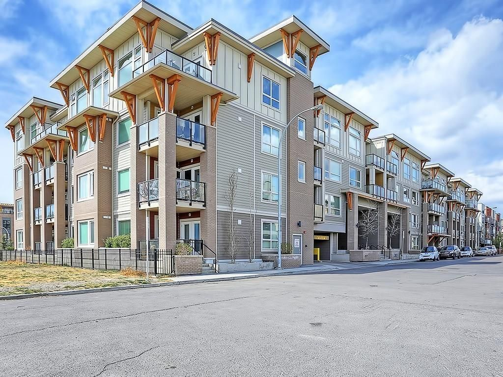 Main Photo: 302 707 4 Street NE in Calgary: Renfrew Condo for sale : MLS®# C4160915