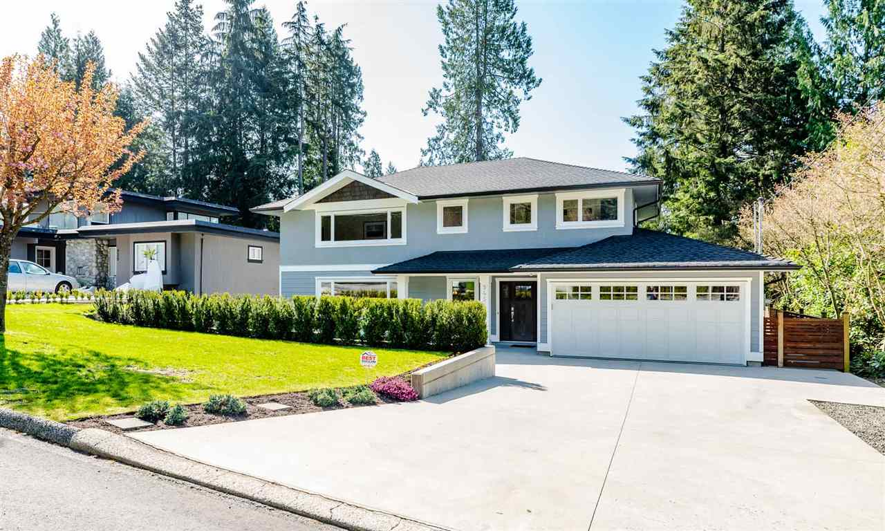 Main Photo: 945 PROSPECT Avenue in North Vancouver: Canyon Heights NV House for sale : MLS®# R2261698