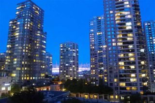 "Main Photo: 703 928 RICHARDS Street in Vancouver: Yaletown Condo for sale in ""THE SAVOY"" (Vancouver West)  : MLS®# R2266390"