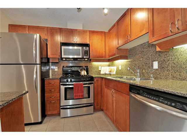 Photo 3: DOWNTOWN Condo for sale : 2 bedrooms : 1240 India #505 in San Diego