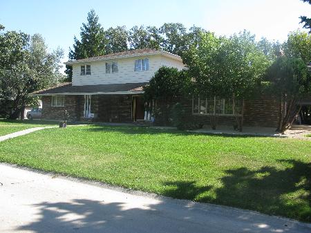 Main Photo: 3 Brahms Bay in Winnipeg: Residential for sale (River East)  : MLS® # 1119111