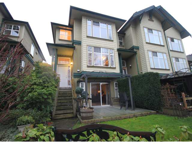 "Photo 3: # 9 89 STAR CR in New Westminster: Queensborough Condo for sale in ""The Residences by the River"" : MLS(r) # V953458"